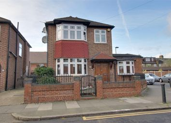 Thumbnail 3 bed detached house for sale in Amberley Road, Enfield