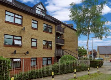 Thumbnail 2 bed flat to rent in Northumberland Court, Banbury, Oxfordshire