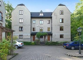 Dorchester Close, Headington OX3. 3 bed flat