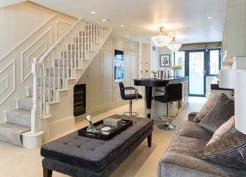 Thumbnail 4 bed detached house to rent in Farm Street, Mayfair, London