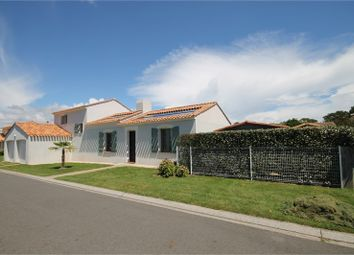Thumbnail 4 bed property for sale in Pays De La Loire, Vendée, L'aiguillon Sur Vie