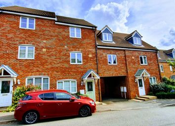 Thumbnail 3 bed town house to rent in Thorneydene Gardens, Grantham