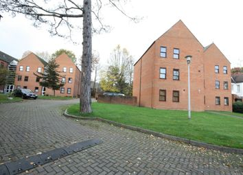 Thumbnail 2 bed flat to rent in Bennets Lodge, Chase Court Gardens, Enfield, Middlesex