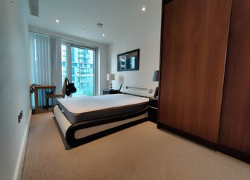 Talisman Tower, 6 Lincoln Plaza, London E14. 3 bed flat for sale