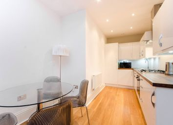1 bed flat to rent in Nevern Square, Earls Court SW5
