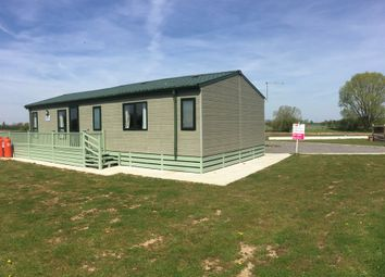 Thumbnail 2 bed mobile/park home for sale in Barlings Lane, Langworth, Lincoln