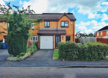 3 bed end terrace house for sale in Coopers Green, Bicester OX26
