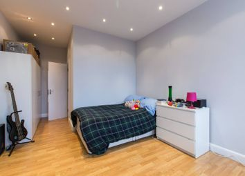 Thumbnail Studio to rent in St Johns Hill, Clapham Junction