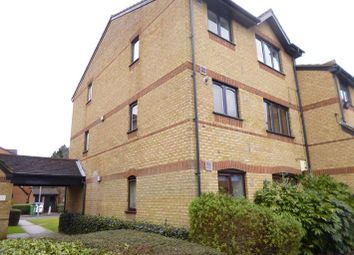Thumbnail Studio for sale in Courtlands Close, Watford