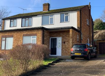 Thumbnail Room to rent in Mayhew Crescent, High Wycombe
