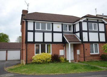 Thumbnail 4 bedroom detached house to rent in Egremont Drive, Lower Earley, Reading