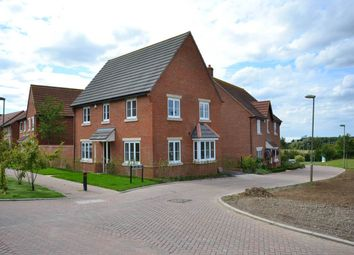 Thumbnail 4 bed property to rent in Walnut Lane, Didcot