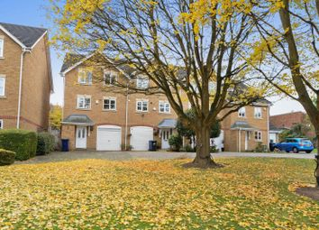 Thumbnail 4 bed town house to rent in Chelsea Gardens, Ealing