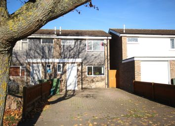 Thumbnail 3 bed property to rent in Kennet Close, Grove, Wantage