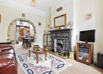 Thumbnail 5 bed terraced house for sale in Gladsmuir Road, Whitehall Conservation, Archway, London