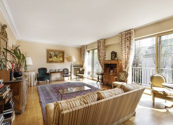 Thumbnail 3 bed apartment for sale in Neuilly Sur Seine, Paris, France