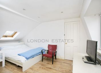 3 bed maisonette to rent in Tasso Road, Hammersmith W6
