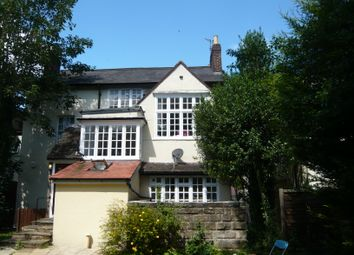 Thumbnail 2 bed flat to rent in Redhill, Surrey