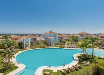 Thumbnail 3 bed apartment for sale in El Paraiso, Malaga, Spain
