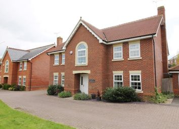 Thumbnail 5 bed detached house to rent in Woodthorne Close, Tilehurst, Reading