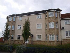 Thumbnail 2 bed flat to rent in Peasehill Road, Rosyth