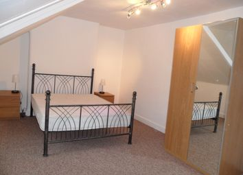 Room to rent in Lower Richmond Road, Putney SW15