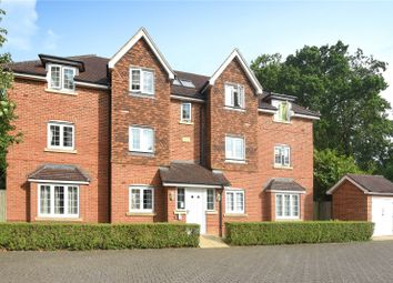 Thumbnail 2 bed flat for sale in Landen Grove, Wokingham, Berkshire
