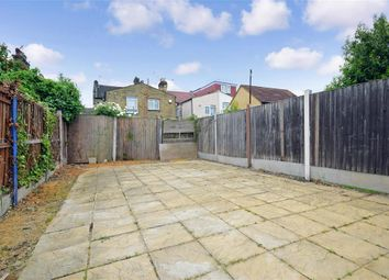 Thumbnail 2 bedroom flat for sale in Park Avenue, Barking, Essex