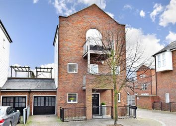 Thumbnail 3 bed link-detached house for sale in Portland Place, Greenhithe, Kent