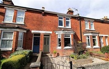 Thumbnail 3 bed terraced house to rent in Doncaster Road, Eastleigh