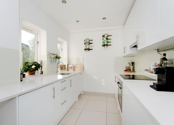 Thumbnail 2 bed flat to rent in Spencer Walk, London