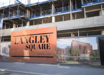 Thumbnail 2 bedroom flat for sale in Langley Square, Dartford, Kent
