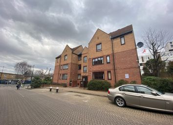 Thumbnail Flat to rent in Amsterdam Road, London