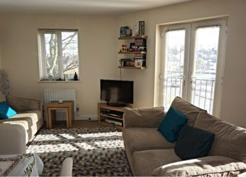 Thumbnail 2 bed flat to rent in Broadway, Oldbury