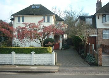 Thumbnail 3 bed flat to rent in Home Park Road, London