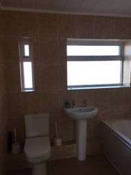 Thumbnail 2 bed flat to rent in Lindsay Court, New Road, Lytham St Annes