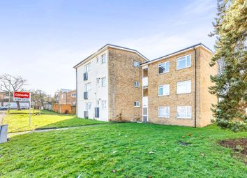 Thumbnail 2 bedroom flat for sale in Grove Mead, Hatfield