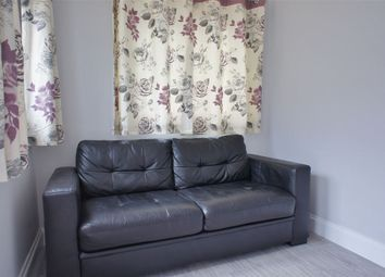 Thumbnail 1 bed flat to rent in Adelaide Road, Ashford, Middlesex
