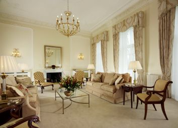 Thumbnail 3 bed flat to rent in Hyde Park Gate, Kensington