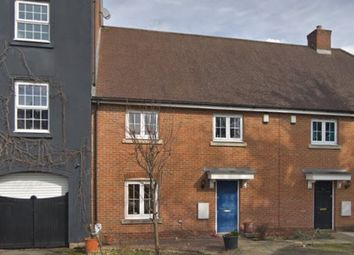 Thumbnail Studio to rent in Ross Close, Northolt