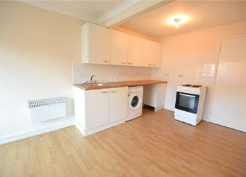 2 bed maisonette to rent in Yorktown Road, Sandhurst, Berkshire GU47