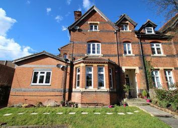 Thumbnail 2 bedroom flat to rent in Willow Grove, Chislehurst