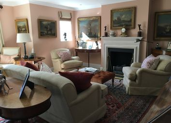 Thumbnail 2 bed flat for sale in Templeton Road, Kintbury, Berkshire