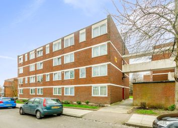 Thumbnail 2 bed flat to rent in Newland Road, Hornsey