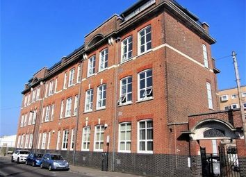 Thumbnail 1 bedroom flat to rent in Andersons Road, Southampton