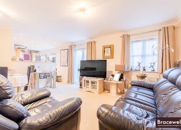 Thumbnail 2 bed flat for sale in Shillingford Close, Mill Hill
