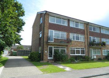 Thumbnail 2 bed maisonette to rent in Hengist Close, Horsham