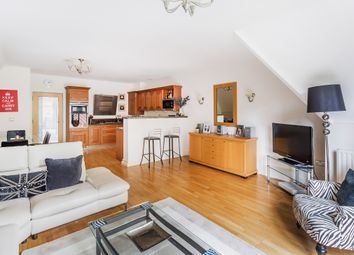 Blanford Road, Reigate RH2. 3 bed flat for sale