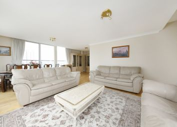 Thumbnail 3 bed flat to rent in Boardwalk Place, London