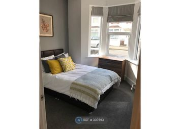 Thumbnail Room to rent in Plymouth Street, Swindon